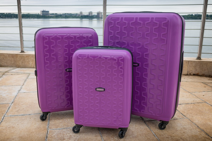 American Tourister Luggage Review: Duralite 360 3 Piece Spinner Set
