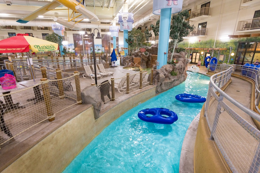 10 Things To Do In The Mall Of America With Kids on holiday world water park, mississippi dunn's falls water park, canada west edmonton mall water park, splash water park, moa water park, family kingdom water park, largest indoor water park, united states water park, atlantis water park, america biggest water park, great wolf water park, radisson bloomington water park, new seaworld water park, dolphin mall water park, sm mall of asia water park, saint-paul great river water park, six flags water park, amusement park water park, legoland water park, city of muskogee water park,