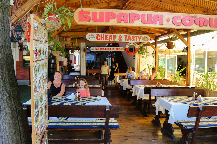 sunny_beach_restaurants_sofi_hut_IMG_9467-2.jpg