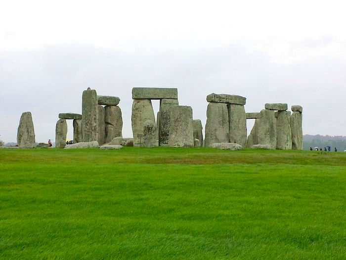 stonehenge_and_bath_20131108_120959_RichtoneHDR.jpg