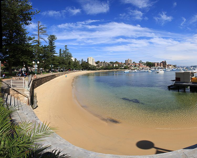 750px-Manly_sydney_harbour.jpg