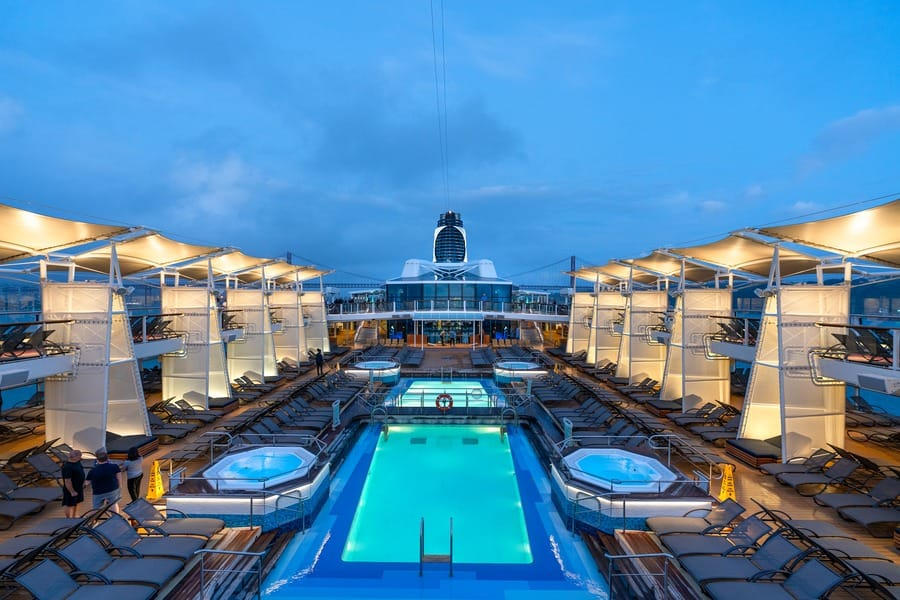 Does This Cruise Ship Live Up To The Hype?