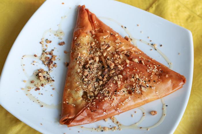 kythnos_food_ToStekiTouNtetzh_IMG_6749-2.jpg