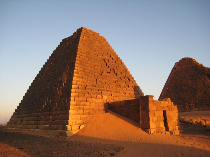 Ancient pyramids in Sudan.jpg