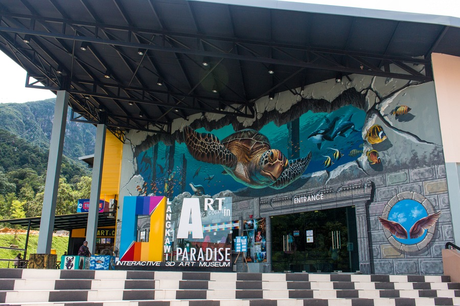 Art In Paradise D Exhibition Hall : Art in paradise langkawi the d museum kids love