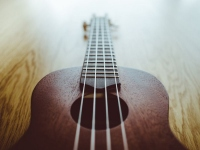 How To Play And Tune A Ukulele While Travelling