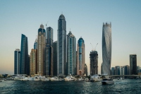 A Guide To Dress Codes For Expats In Dubai