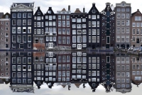 Rent a boat in Amsterdam and discover the Netherlands