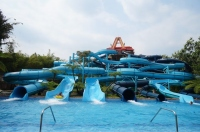 Xocomil, Central America's Largest Water Park Exposed